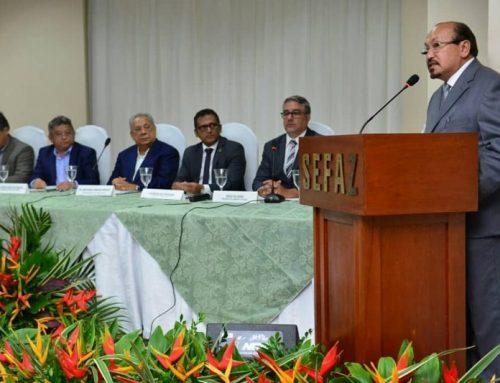 Diretoria Executiva e Conselho Fiscal do Sindifisco-AM são empossados em cerimônia solene com participação do governador Amazonino Mendes