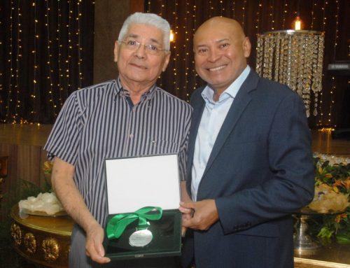 Sindifisco-AM homenageia auditores fiscais com Medalha de Mérito Fiscal e Diploma de Reconhecimento Fiscal